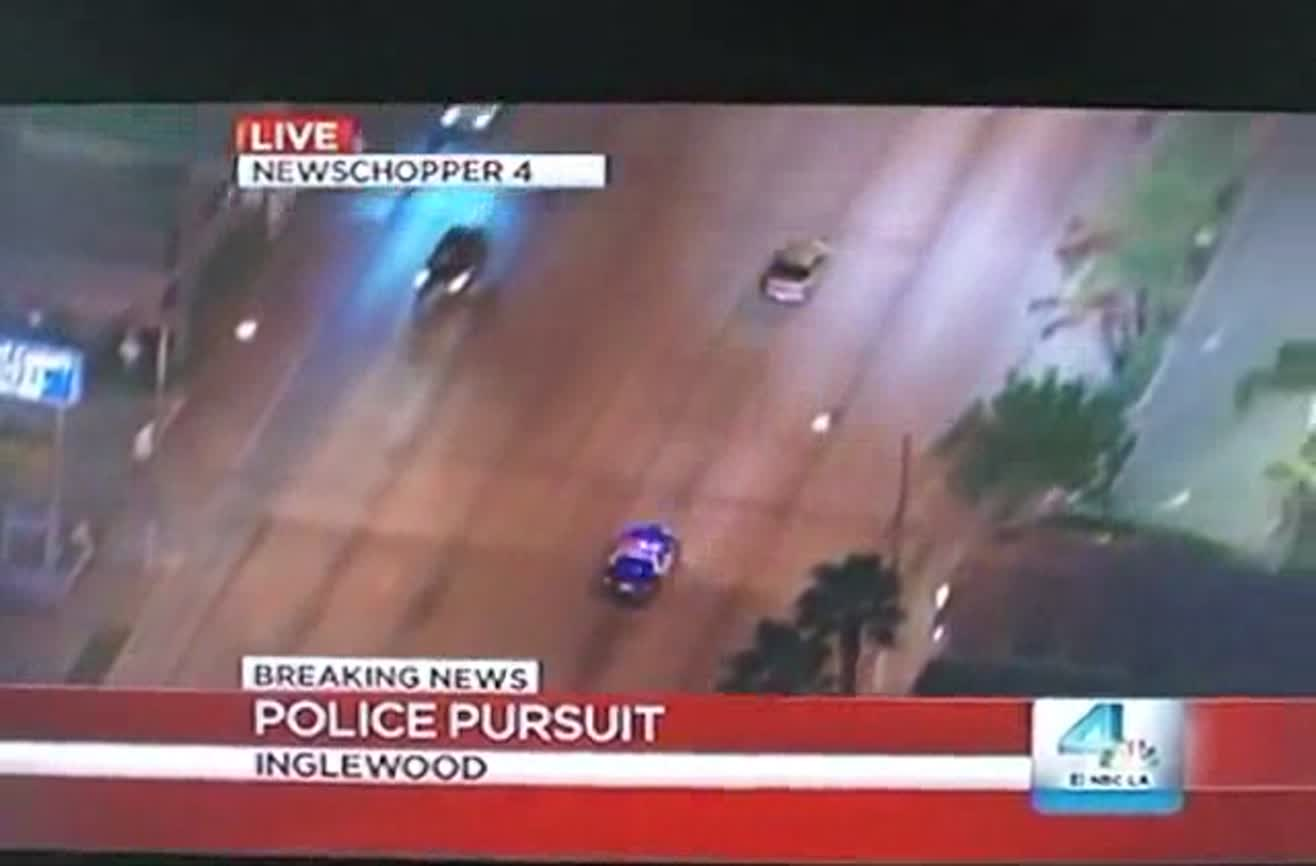 Live police chase    wait for it